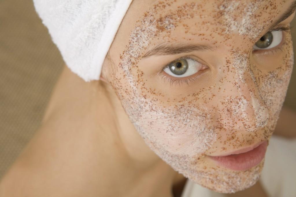 Hogyan lehet eltávolítani vörös foltok, akne az arc otthon