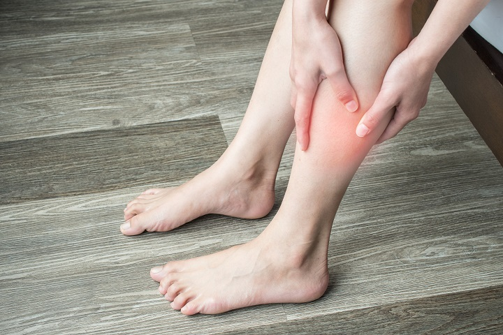 a lábán megnő a vörös folt