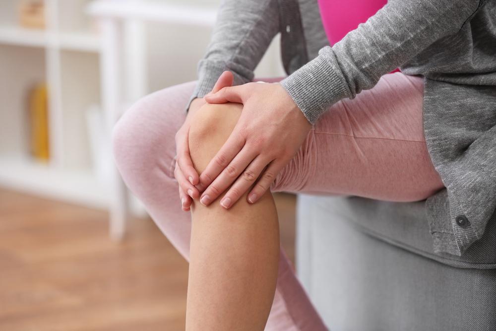 fizioterápiás kezelések a pikkelysömörhöz vörös foltok jelentek meg az idegeken és viszketnek