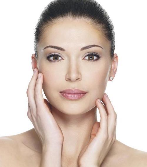 a homlokán vörös foltok hámozódnak masszázs pikkelysömör kezelése