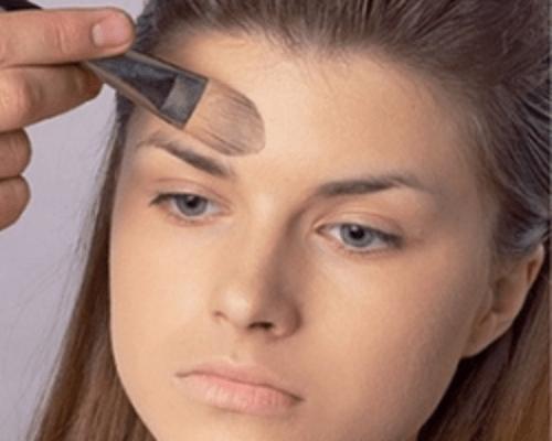 hogyan leplezhetik le az arc vörös foltjait otthon