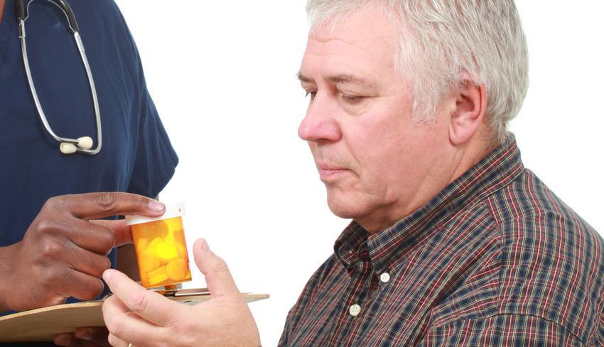 pikkelysömör a férfiak gyógyszerek vörös foltok húzódnak le a szakállon